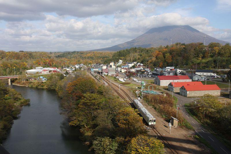 北海道・100年の歴史を刻む峠の鉄路を旅する〜函館本線「山線」乗り撮り歩き