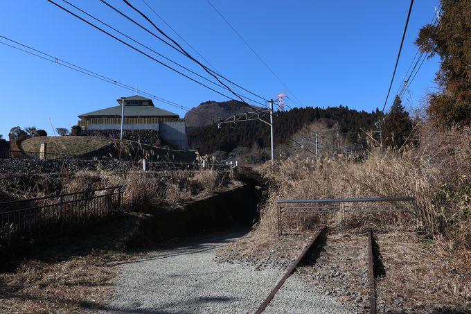 「峠の湯」から眼鏡橋へ〜明治期建設の旧線跡をたどる