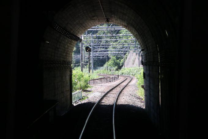 長大トンネルの中のモグラ駅…土合駅で降りてみよう!