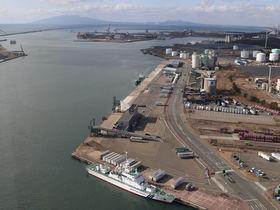 秋田港の今昔と絶景を「ポートタワーセリオン」から眺望しよう