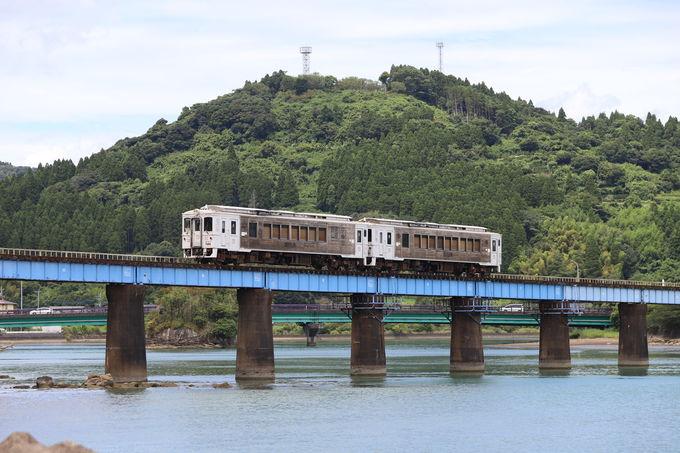 細田川河口の鉄橋はおススメの撮影スポット!