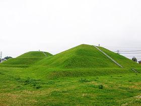 古墳を登って絶景スポットへ!茨城「三昧塚古墳」で遺跡散歩