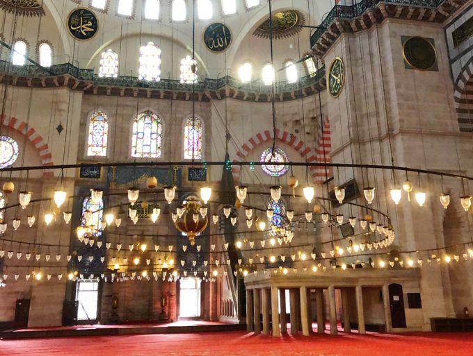 スレイマニエ・モスクとは?