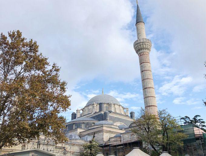 皇帝のモスク「バヤジット・ジャーミィ」