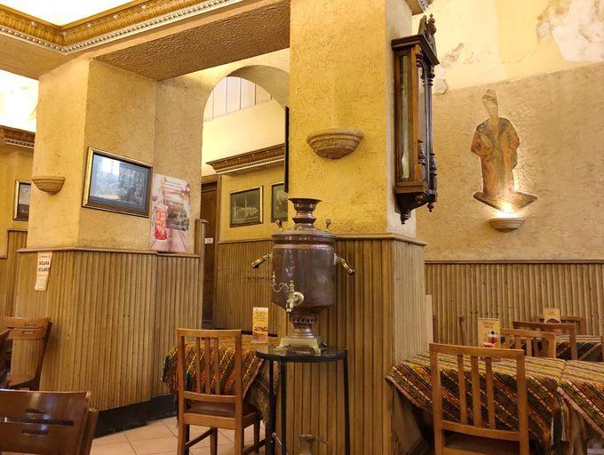 老舗の喫茶店で一休み「シャルク・カフヴェスィ」