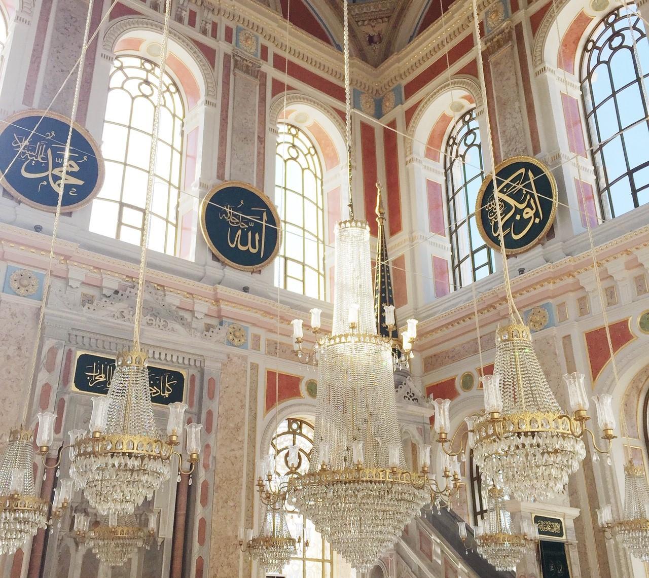 トルコ・イスタンブールの美しいモスク3選!設計はバルヤン一族