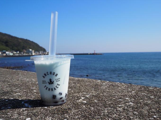海を眺めながら留田浜辺公園散歩