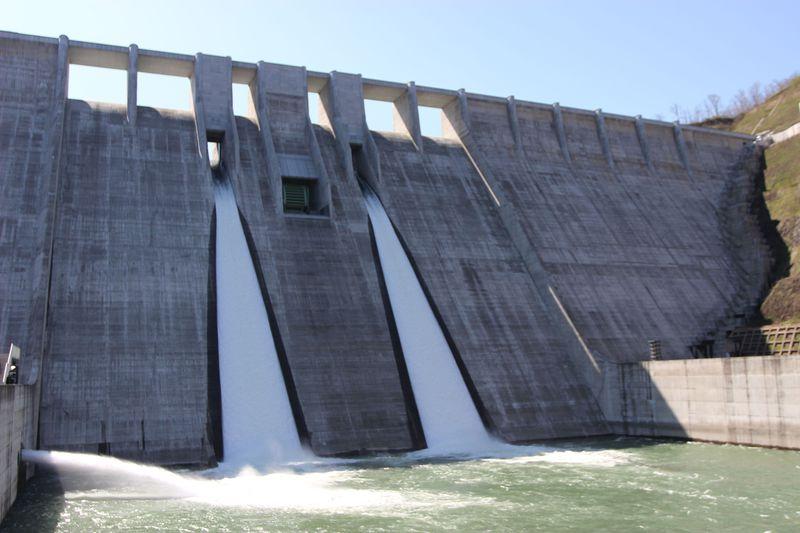 弘前・西目屋地区「津軽ダム」の迫力を全方位から感じよう!