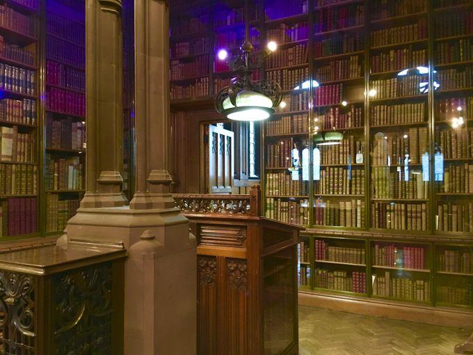 ハリーポッターの世界を体感「ジョンライランズ図書館」