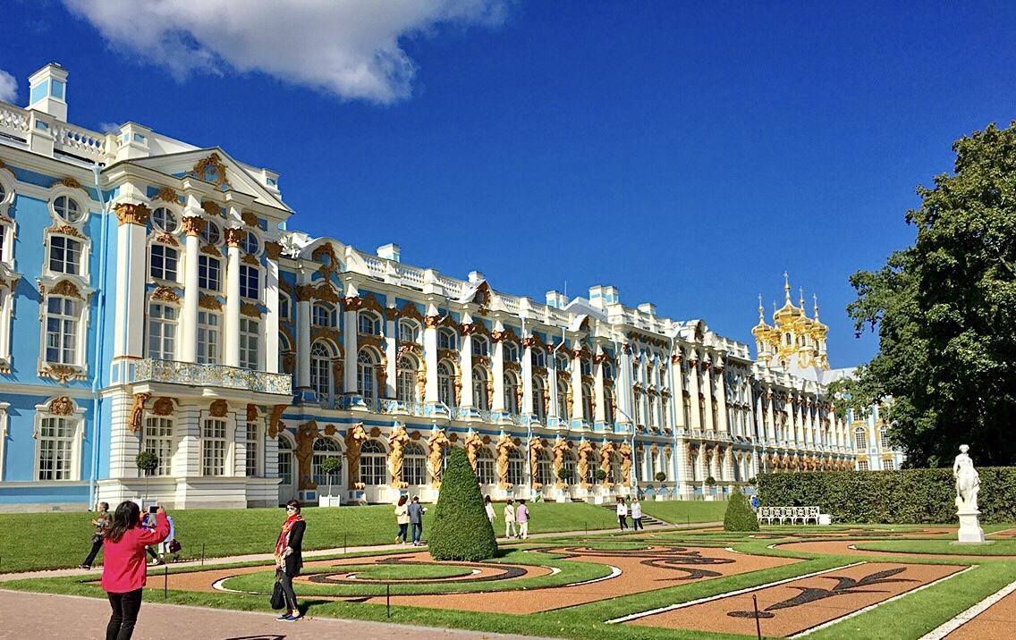 公園内の最も有名な宮殿!