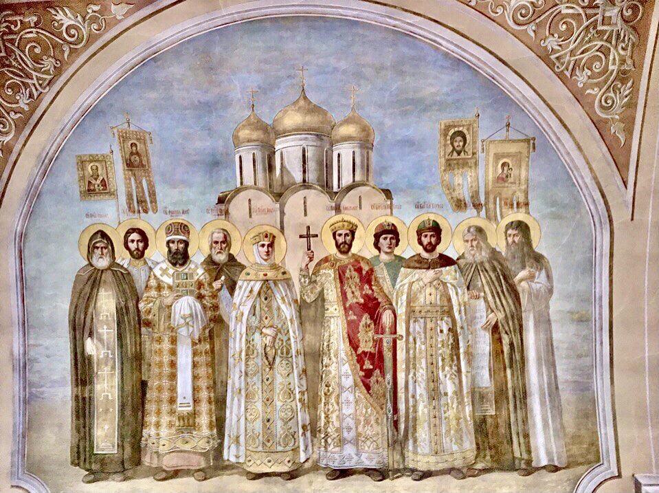 教会の美しい壁画に感動!
