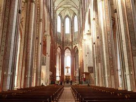 壮麗なゴシック式教会!北ドイツ・リューベック「聖マリエン教会」