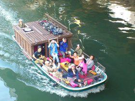 「御舟かもめ」で水面ギリギリ大阪観光!水上バスや観光船にはない開放感と注目度