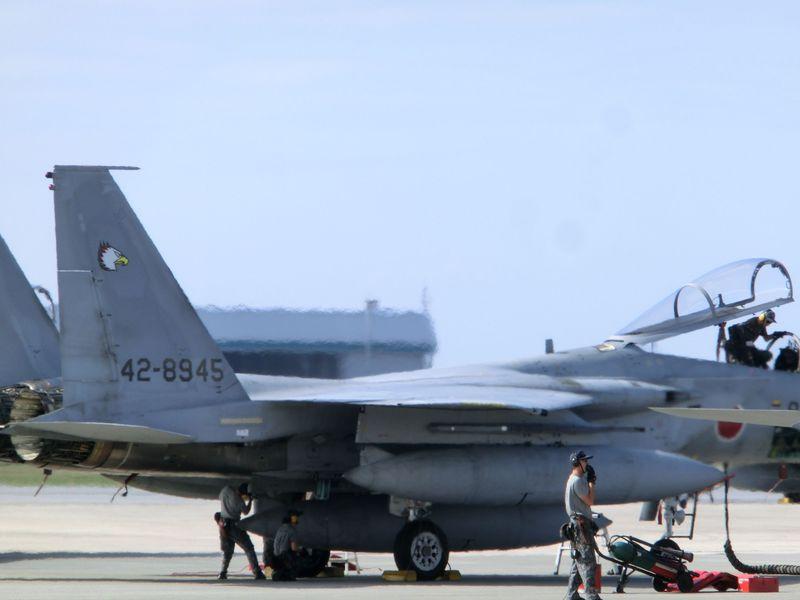 沖縄基地めぐり 爆音と共に戦闘機が目の前に!!那覇基地見学と米軍キャンプ潜入