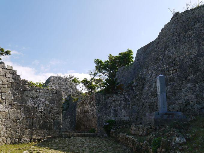 沖縄の人気武人、護佐丸ゆかりの中城城跡