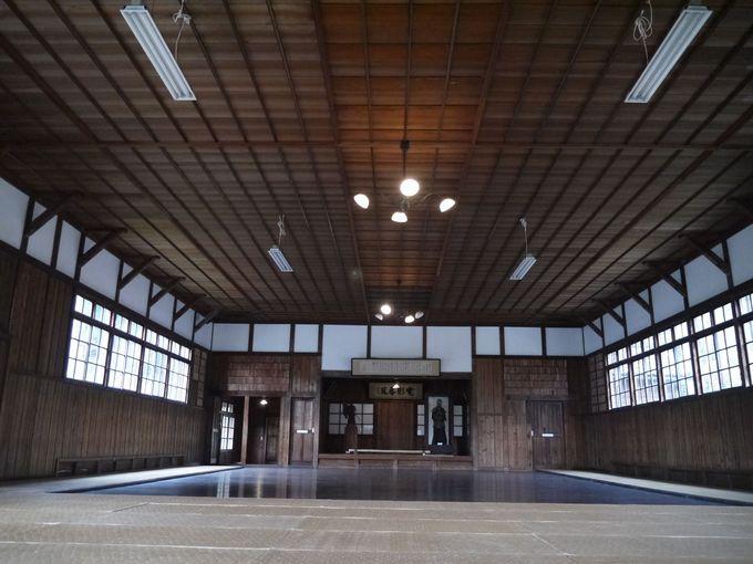 悠太郎が剣道の試合をした道場