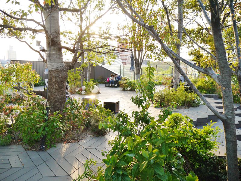 一度は休んでみたい!東京のおすすめ空中庭園・屋上庭園