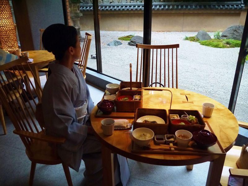 着物ではんなり・ハイアットリージェンシー京都で日本の魅力を再認識