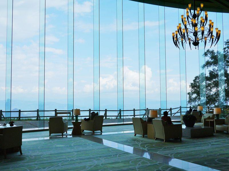 「ザ・ウィンザーホテル洞爺リゾート&スパ」からは洞爺湖も海も楽しめる!