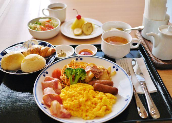 波佐見焼の食器でいただく「ホテルブリスヴィラ波佐見」の朝食