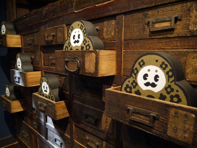 「ひゃくまんさんの家」で金沢のお土産探し!レアなひゃくまんさんグッズも