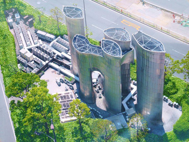 実は大阪人も聞かれて困る。大阪にある不思議な建造物3選