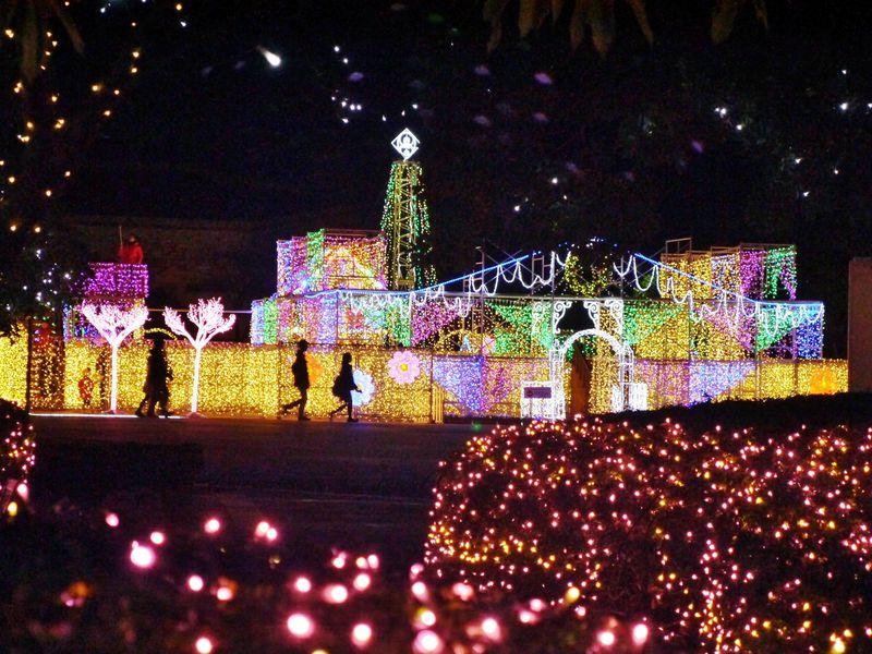 人気急上昇!北九州市スペースワールドのイルミネーションは家族と将来の家族にオススメ