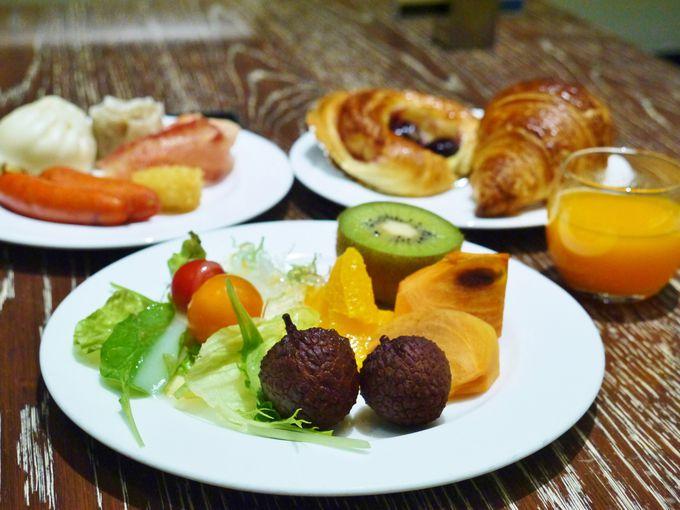 ホテルメイドのパンが美味しい朝食