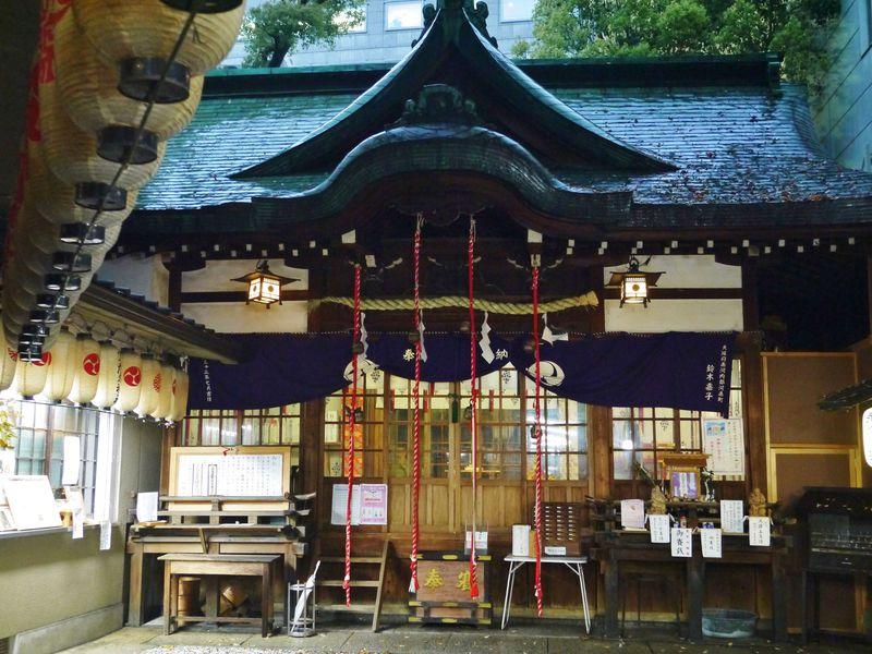薬の神様・少彦名神社 大阪のくすりの街で平癒祈願に大忙し