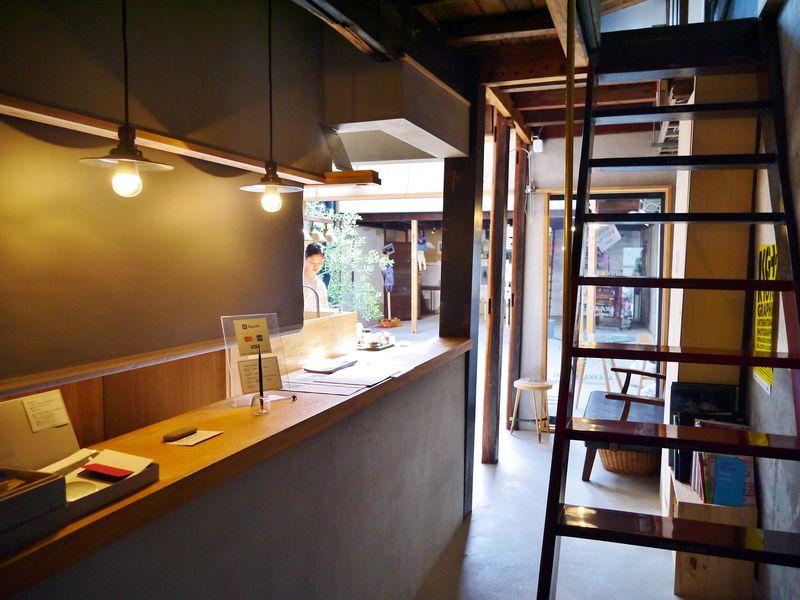 たった4室の特別感!展覧会の中に宿泊する「クマグスク」でアートな京都旅行