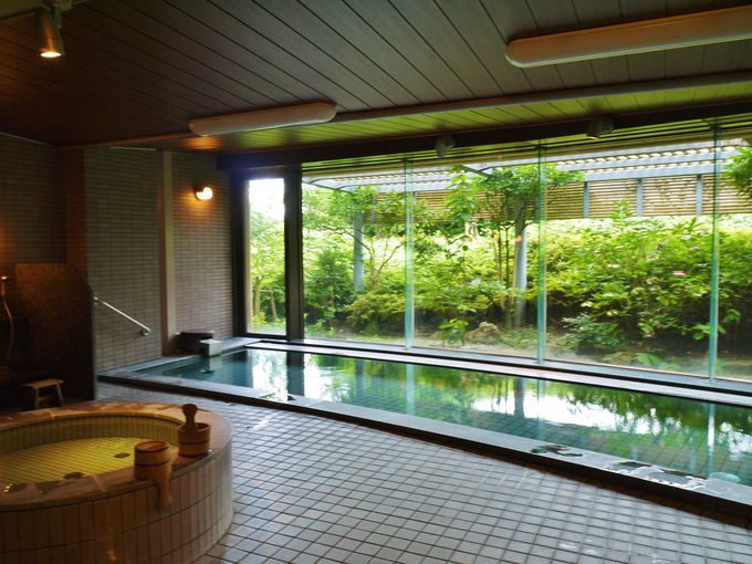 9.アゴーラ福岡山の上ホテル&スパ