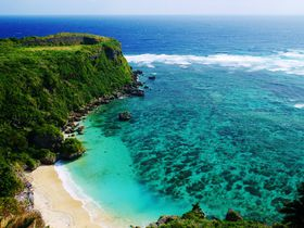 果報バンタで見る沖縄の青い海!海中道路の先にある宮城島の穴場絶景スポット