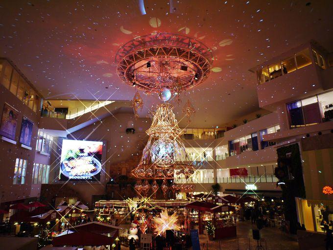 光のヒンメリが美しい「祝祭広場」