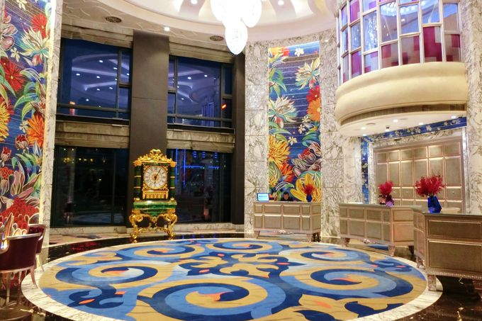 ドンコイ通りに面した最高級ホテル