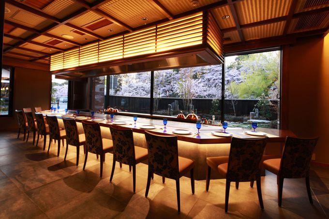12席だけの特別な空間「近江牛鉄板焼 鳳凰」