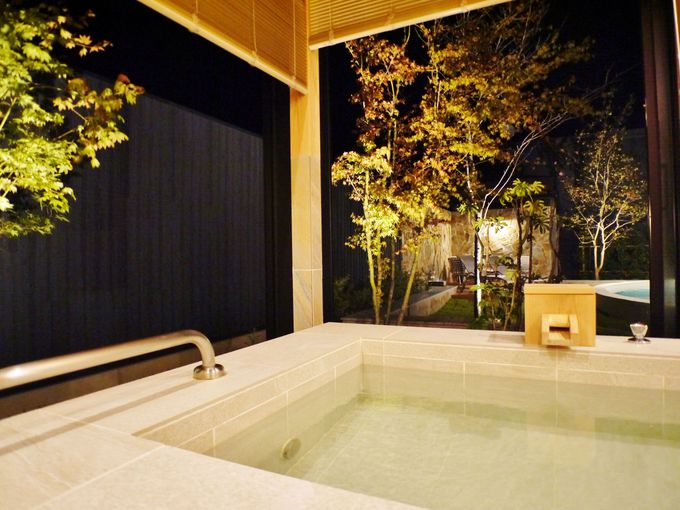 夜は自分だけのプライベート温泉