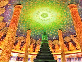 バンコク「ワットパクナム」の行き方と観光ポイント