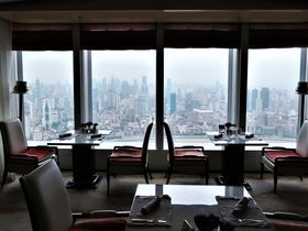 ホテルステイ重視の上海旅行なら「ザ・リッツ・カールトン 上海浦東」