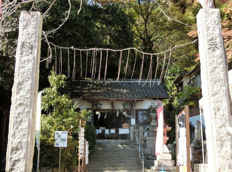結果にコミット系の縁結び神社「氷室神社」は神戸屈指の恋愛パワースポット