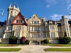 美しい宮殿も!スペイン「マグダレーナ半島」をまるごとお散歩