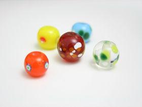 ガラス工芸の奥深さに出会う「KOBEとんぼ玉ミュージアム」