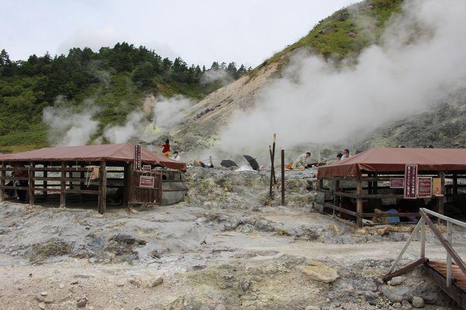 まるで異世界!大地のパワー感じる秋田 玉川自然研究路で天然岩盤浴