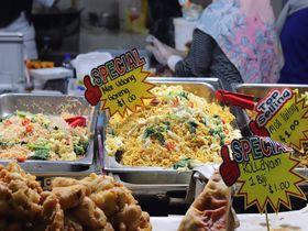 ブルネイの食が集合!「ガドンナイトマーケット」を楽しもう