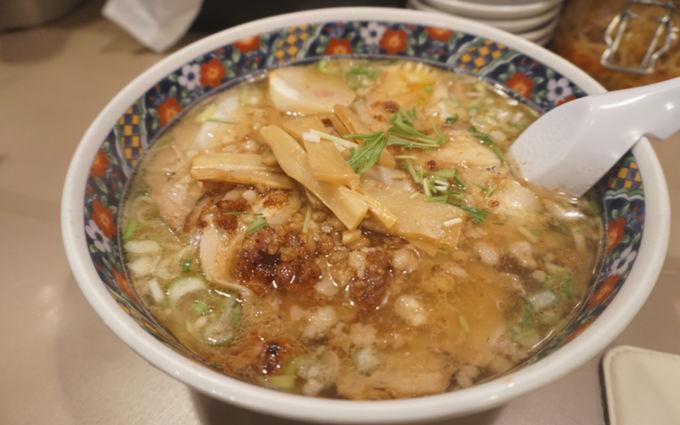 函館塩ラーメンが札幌駅直結で味わえる「麺厨房あじさい」