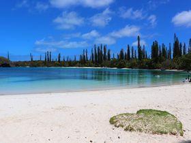 世界遺産のサンゴ礁×絶景の海!イルデパン島「カヌメラビーチ」