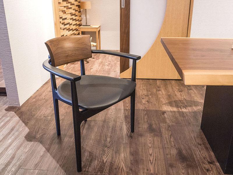 一生モノの椅子を探しに飛騨高山「柏木工」ショールームへ
