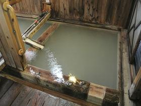 無料!草津温泉の共同浴場「白旗の湯」でキリキリ熱い湯体験