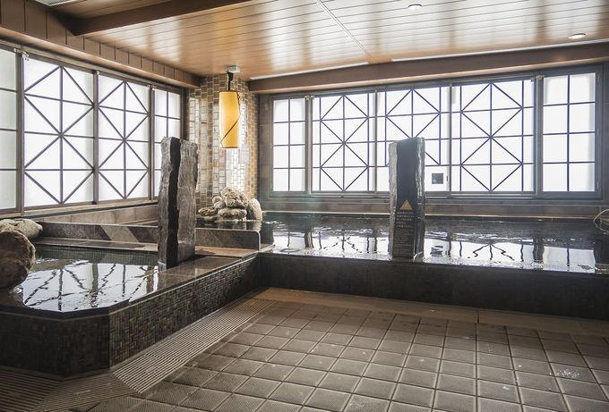 東京・池袋で温泉大浴場を満喫