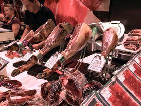 バルセロナの人気市場!「ラ・ボケリア」はおいしい食材の宝庫