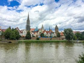 世界一高い大聖堂も!ドイツ・ドナウ川沿いの街ウルムの見どころ
